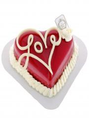 entremet spécial Saint Valentin: fond croustillant, biscuit moelleux, mousse mangue, panacotta passion, coulis passion. taille unique 2 personnes